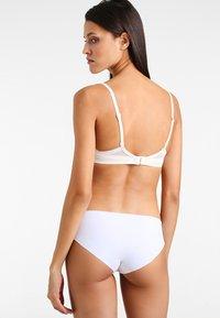 Calvin Klein Underwear - PLUNGE - Sujetador push-up - offwhite - 2