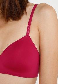 Calvin Klein Underwear - LIGHTLY LINED DEMI - T-skjorte-BH - purple - 6