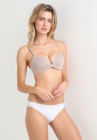Calvin Klein Underwear - PLUNGE - Push-up bra - grey - 1