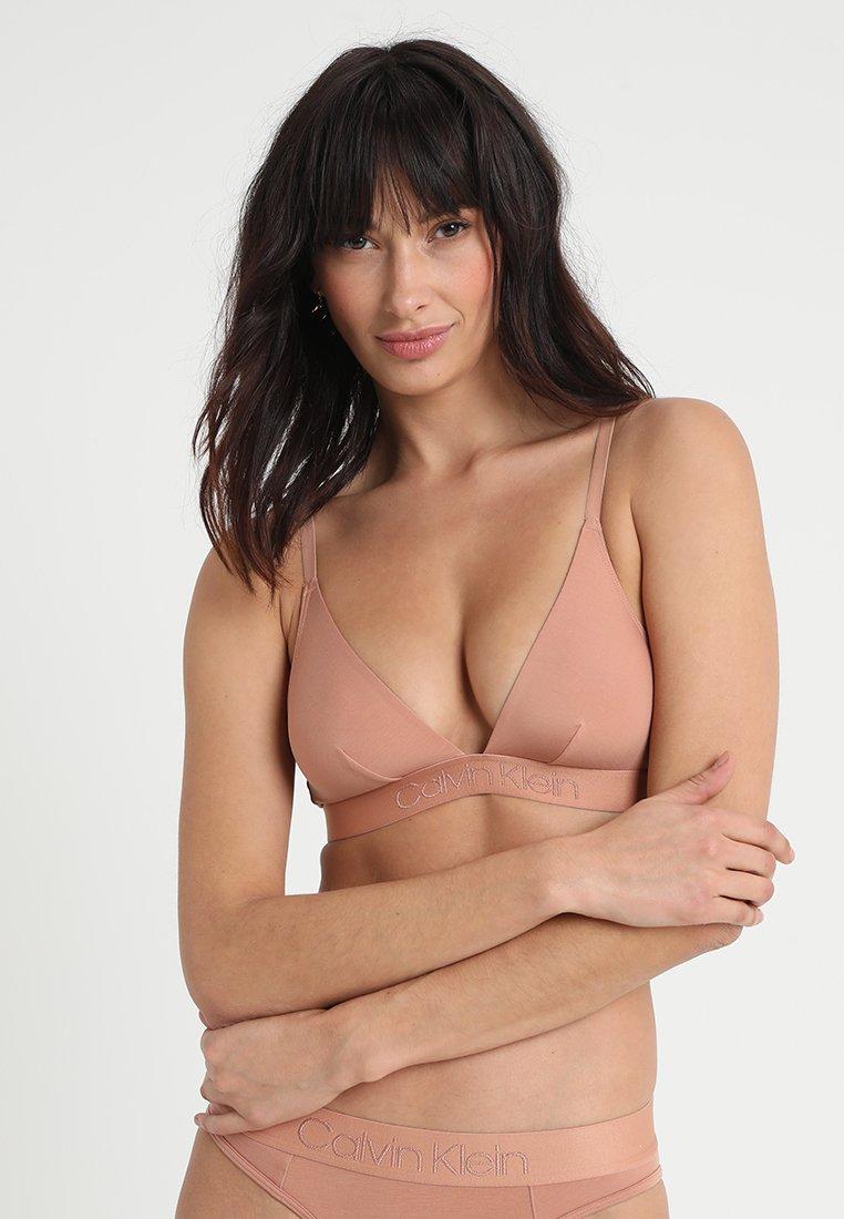Calvin Klein Underwear - UNLINED - Trojúhelníková podprsenka - beige