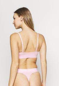 Calvin Klein Underwear - MONOGRAM UNLINED TRIANGLE - Bustier - prarie pink - 2