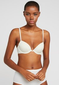 Calvin Klein Underwear - FLIRTY PLUNGE - Push-up BH - ivory - 0