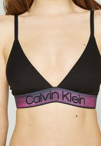 Calvin Klein Underwear - TONAL LOGO UNLINED - Triangel BH - black - 5
