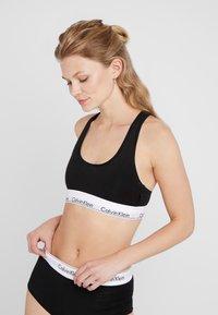 Calvin Klein Underwear - UNLINED BRALETTE - Bustier - black - 0