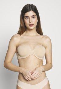 Calvin Klein Underwear - STRAPLESS CAPSULE - Multiway / Strapless bra - bare - 3