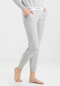 Calvin Klein Underwear - Pyjamasbukse - grey - 0