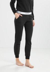 Calvin Klein Underwear - Pyjamabroek - black - 0