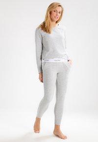 Calvin Klein Underwear - Nattøj trøjer - grey - 1