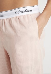 Calvin Klein Underwear - Pyjamasbukse - white - 4