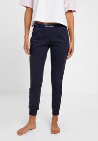 Calvin Klein Underwear - MODERN LOUNGE JOGGER - Pyjama bottoms - dark blue - 0