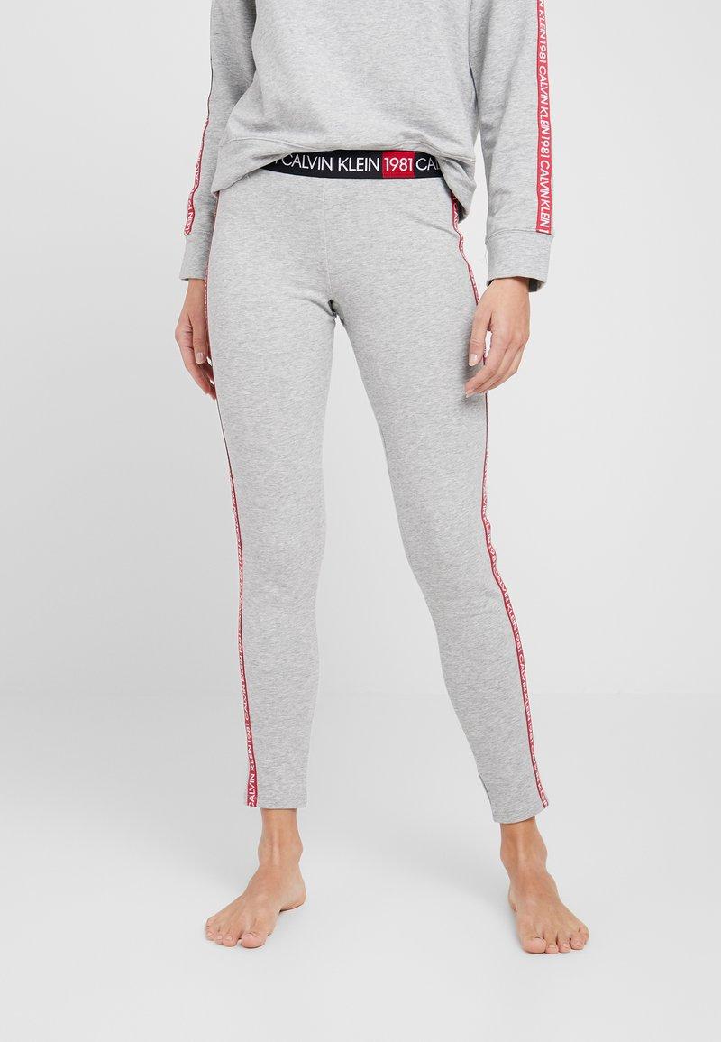 Calvin Klein Underwear - 1981 BOLD LOUNGE LEGGING - Pyjama bottoms - grey heather