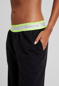Calvin Klein Underwear - NEON LOUNGE - Pyjamasbukse - black - 5
