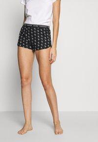 Calvin Klein Underwear - CK ONE WOVENS COTTON SLEEP SHORT - Pyjama bottoms - black - 0