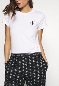 Calvin Klein Underwear - CK ONE WOVENS COTTON SLEEP PANT - Pyjamabroek - black - 3