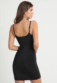 Calvin Klein Underwear - FULL SLIP - Muotoileva alusasu - black - 2