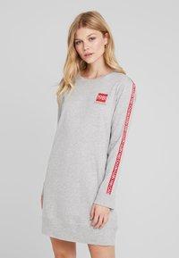 Calvin Klein Underwear - BOLD LOUNGE NIGHTSHIRT - Nattskjorte - grey heather - 0