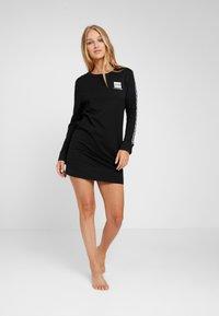 Calvin Klein Underwear - BOLD LOUNGE NIGHTSHIRT - Nattrøjer / negligé - black - 1