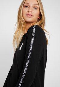 Calvin Klein Underwear - BOLD LOUNGE NIGHTSHIRT - Nattrøjer / negligé - black - 5