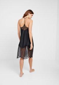 Calvin Klein Underwear - MEDALLION CHEMISE - Nightie - black - 2