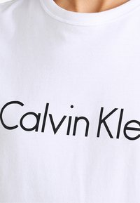 Calvin Klein Underwear - CREW NECK - Pyjama top - white - 3