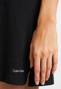 Calvin Klein Underwear - NIGHTSHIRT - Nattskjorte - black - 4