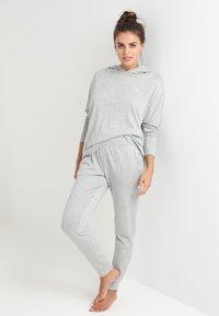 Calvin Klein Underwear - HOODIE - Nattøj trøjer - grey - 1