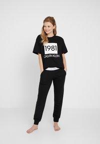 Calvin Klein Underwear - BOLD LOUNGE CREW NECK - Nattøj trøjer - black - 1
