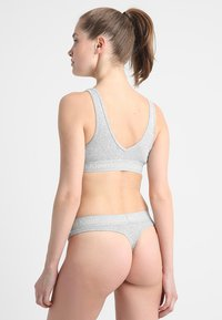 Calvin Klein Underwear - THONG - String - grey - 2