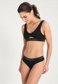 Calvin Klein Underwear - THONG - String - black - 1
