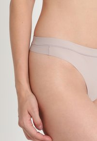 Calvin Klein Underwear - THONG - String - grey - 4