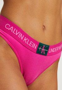 Calvin Klein Underwear - MONOGRAM  - Kalhotky - thrill - 4