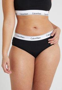 Calvin Klein Underwear - MODERN PLUS BOYSHORT - Slip - black - 0