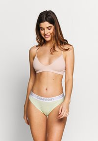 Calvin Klein Underwear - HIGH LEG TANGA 3 PACK - Slip - ice pulp/pale moss/grey - 0