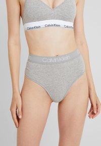 Calvin Klein Underwear - BODY HIGH WAIST THONG - Thong - grey - 0