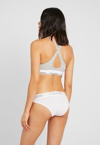 Calvin Klein Underwear - HIGH LEG TANGA - Briefs - white - 2