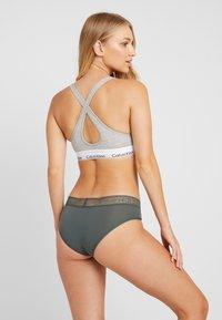 Calvin Klein Underwear - LOGO HIPSTER - Briefs - mountain ash - 2