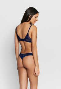 Calvin Klein Underwear - PETAL THONG - Thong - dark blue - 2