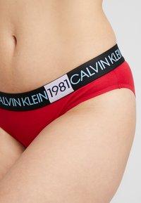 Calvin Klein Underwear - 1981 BOLD COTTON BIKINI - Underbukse - temper - 4