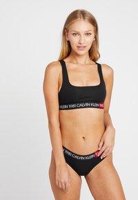 Calvin Klein Underwear - 1981 BOLD COTTON BIKINI - Briefs - black - 1