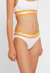Calvin Klein Underwear - NEON - Underbukse - white - 0