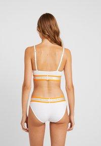 Calvin Klein Underwear - NEON - Underbukse - white - 2