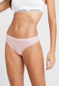 Calvin Klein Underwear - DYNAMIC THONG 2 PACK - String - chimera/prarie pink - 1