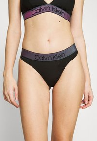 Calvin Klein Underwear - TONAL LOGO THONG - String - black - 0