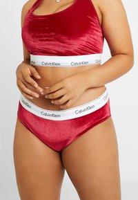 Calvin Klein Underwear - MODERN PLUS SIZE - Slip - raspberry jam - 0