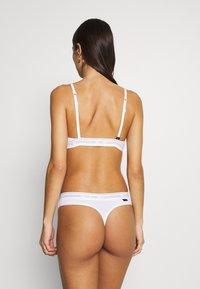 Calvin Klein Underwear - THONG - String - white - 2