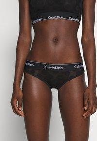 Calvin Klein Underwear - MODERN DOT - Slip - black - 0