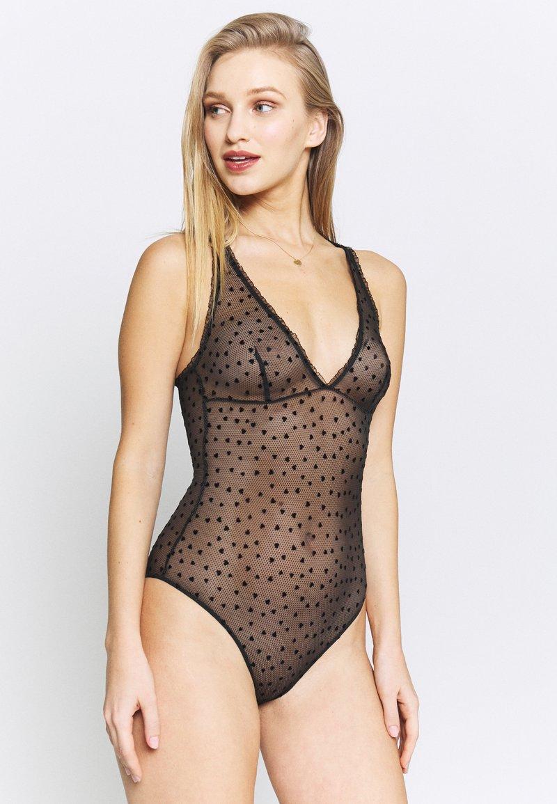Calvin Klein Underwear - FLOCKED HEARTS BODYSUIT - Body - black