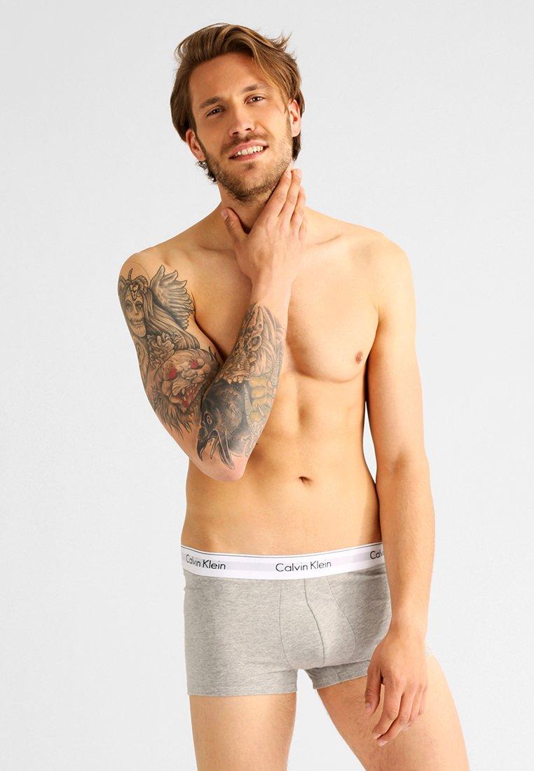 Calvin Klein 2 Stretch Underwear Modern Black Trunk PackShorty vnN8O0mw