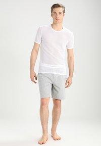Calvin Klein Underwear - SLEEP SHORT - Pantalón de pijama - grey - 1