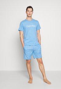 Calvin Klein Underwear - SLEEP SHORT - Pyjamabroek - blue - 1